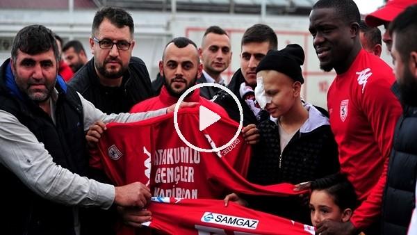 Samsunsporlu futbolculardan lösemi hastası Kadircan'a moral!