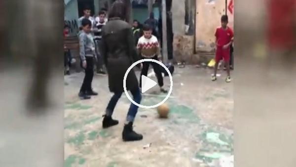 Nina Moric futbol oynarsa!