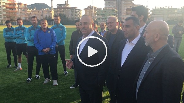 Mevlüt Çavuşoğlu, Alanyasporlu futbolcularla sohbet etti