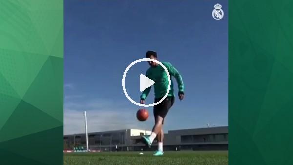 Ramos için top fark etmez!