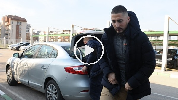 Grozav Bursa'ya geldi