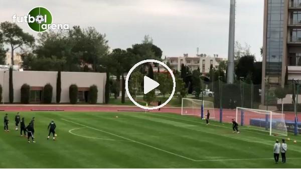 Beşiktaşlı futbolculardan şut çalışması