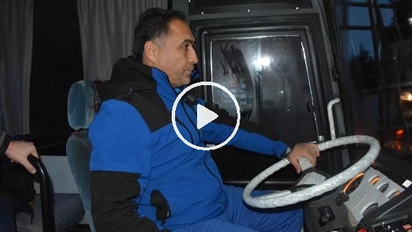 Sahada hoca, otobüste kaptan!