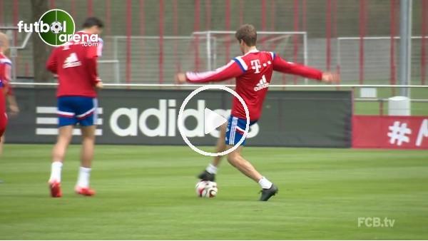 Thomas Müller'in antrenmanlardaki hareketleri