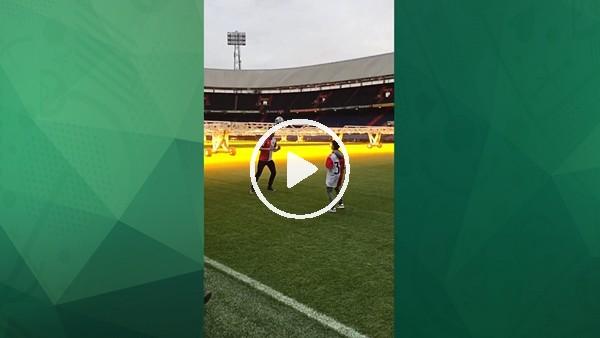 Robin van Persie, Feyenoord formasıyla şova başladı