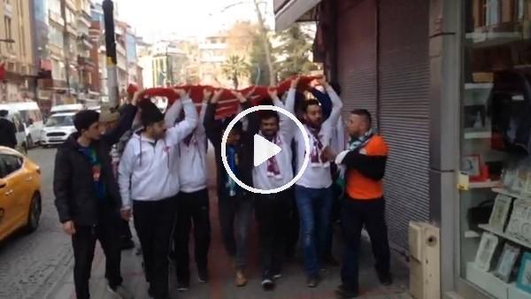 Rizespor ve Elazığspor taraftarından Mehmetçiğe destek yütüyüşü