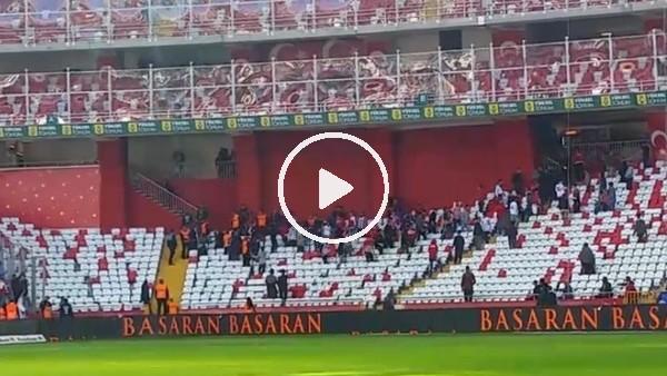 Antalyaspor ile Kayserispor taraftarı arasında kavga çktı