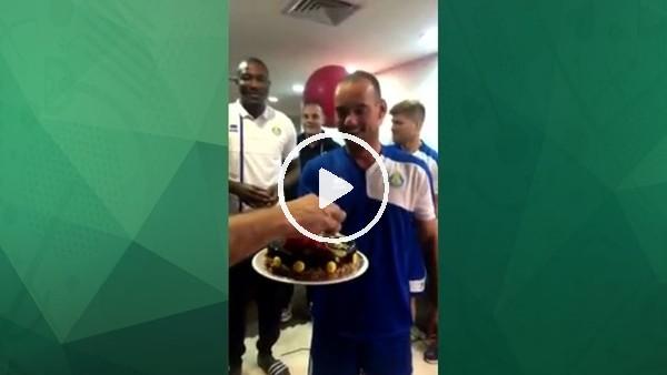 Pastayı Wesley Sneijder elleriyle getirdi