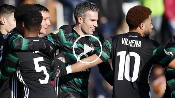 'Robin van Persie 5 dakikada 2 gol attı!