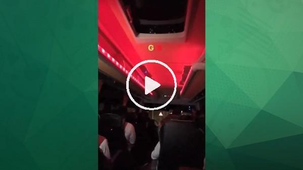 Galatasaray galibiyeti İbrahim Tatlıses şarkısıyla kutladı