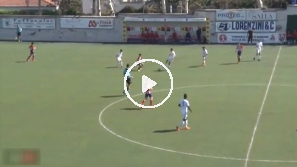 14 yaşındaki yetenek 50 metreden golünü attı