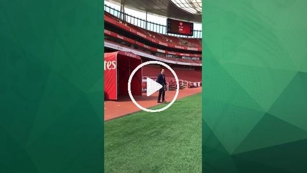 'Unai Emery, Emirates çimlerine ayak bastı