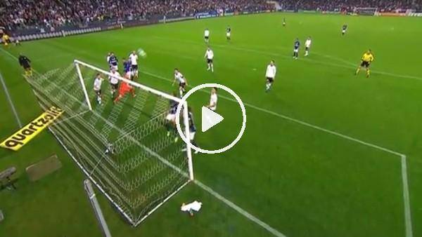 Barbosa öyle bir gol kaçırdı ki...