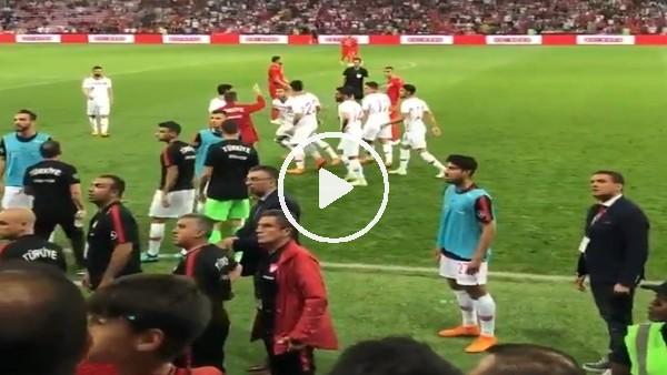 Cenk Tosun, Tunus maçında çıldırdı