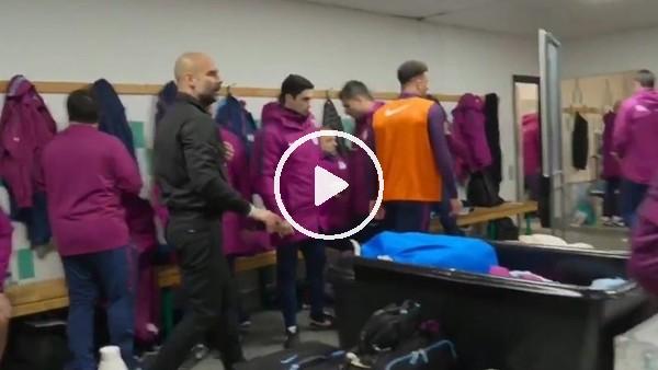 """Guardiola'dan öğrencilerine: """"Oturun, konuşmayın"""""""