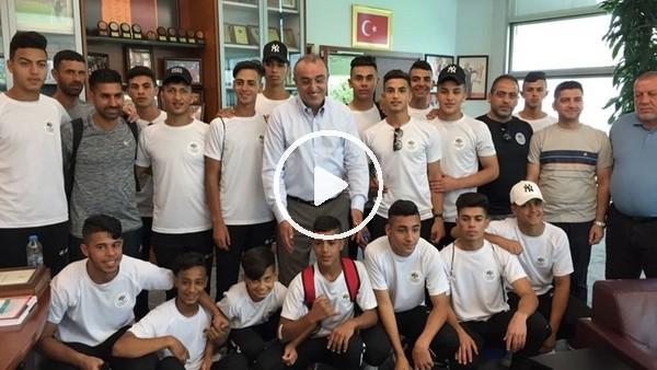 Abdurrahim Albayrak, Filistinli futbolcuları misafir etti