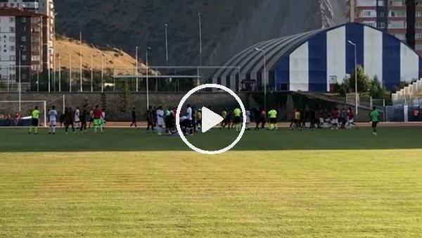 'Kayserispor-Gençlerbirliği maçında saha karıştı