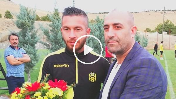 'Yeni Malatyaspor taraftarından Abdullah Avcı ile tartışan Adem Büyük'e destek