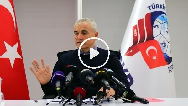 """'Rıza Çalımbay: """"Futbol dışında bazı şeylere girersek Konyaspor camiası karışır"""""""