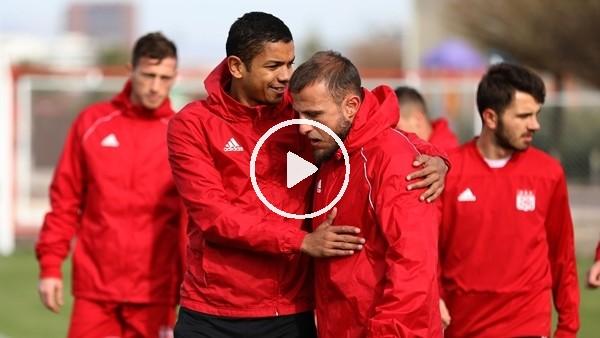 'Sivassporlu futbolculardan neşeli antrenman