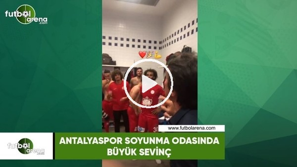 Antalyaspor soyunma odasında büyük sevinç