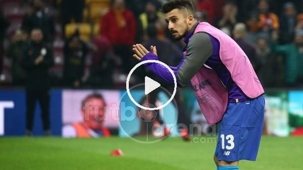 'Alex Telles, Galatasaray taraftarına üçü çektirdi