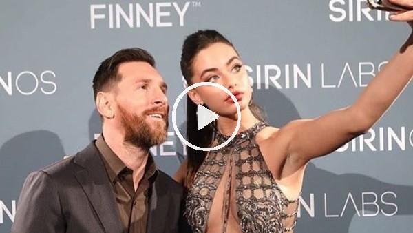 'Lionel Messi, İsrailli model Yael Shelbia ile bir arada
