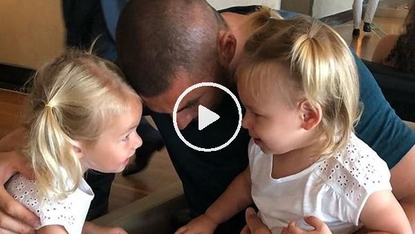 Burak Yılmaz, kızları Derin ve Nazlı'nın videosunu paylaştı