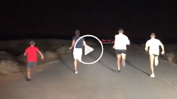 Cristiano Ronaldo ve arkadaşlarından Dubai'de akşam koşusu