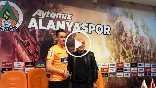 'Aytemiz Alanyaspor'da Josef Sural imzayı attı