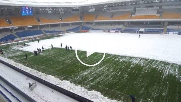 Başakşehir Stadı'nda zemin çalışmaları sürüyor