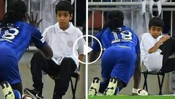 'Bafetimbi Gomis'in gol sevinci, top toplayıcı çocuğu korkuttu