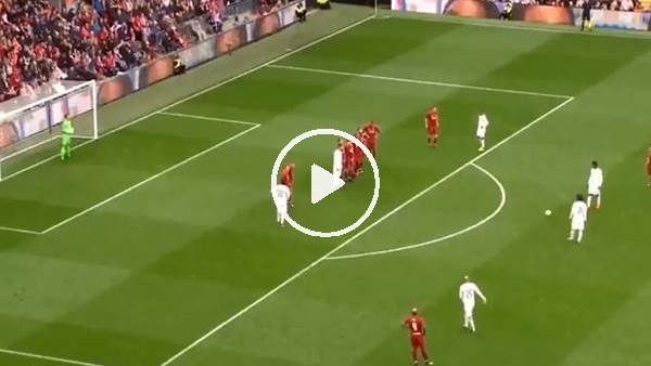 'Efsaneler maçında Pirlo'dan muhteşem frikik golü