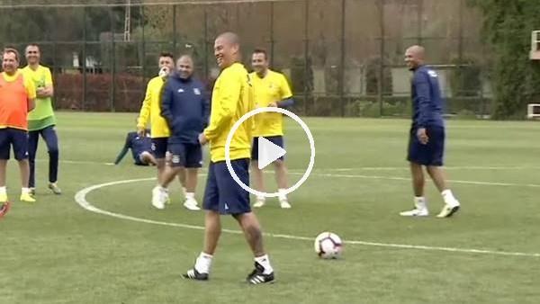 'Alex de Souza'nın penaltı atışı gülümsetti...
