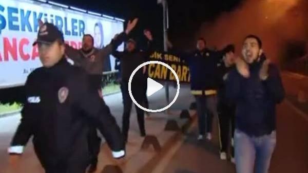 'Fenerbahçe taraftarından Ersun Yanal'a destek