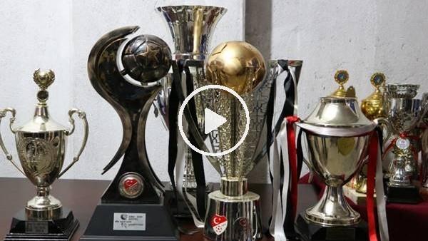 'Manisaspor'un tarihi kupaları 59 bin liraya satıldı