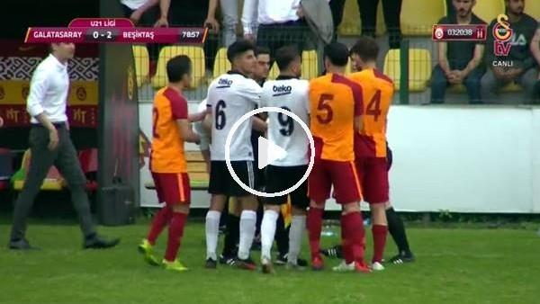 Galatasaray - Beşiktaş derbisinde saha karıştı