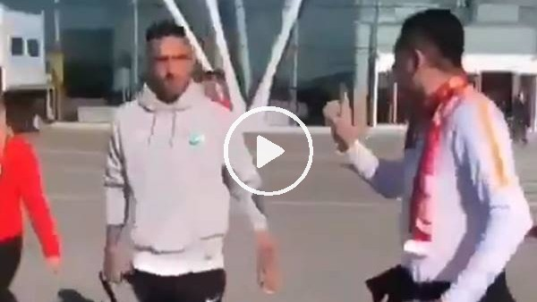 'Galatasaray taraftarı havalanında Miguel Lopes ile karşılaştı