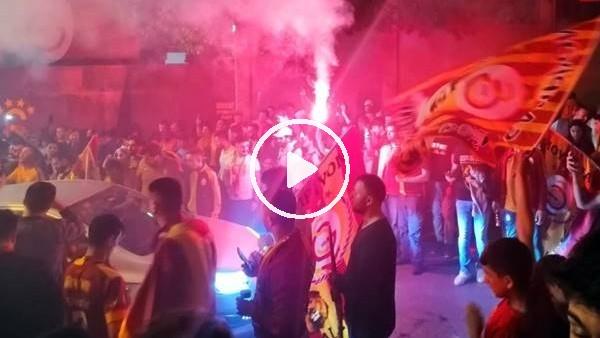 'Galatasaray taraftarı Florya'yı bayram yerine çevirdi