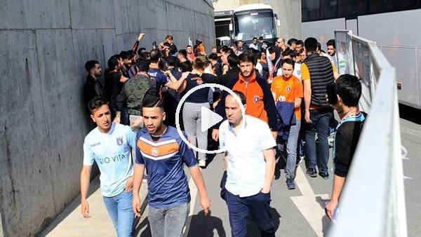 'Başakşehir taraftarı stada ulaştı