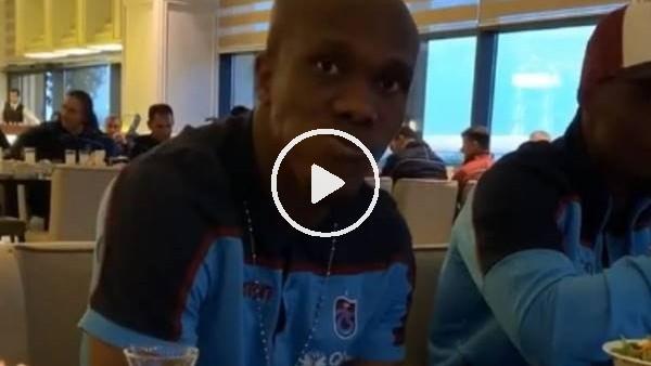 Abdulkadir Parmak iftar saatinde Nwakaeme'ye böyle takıldı
