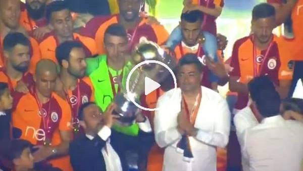'Hasan Şaş az kalsın şampiyonluk kupasını düşürüyordu