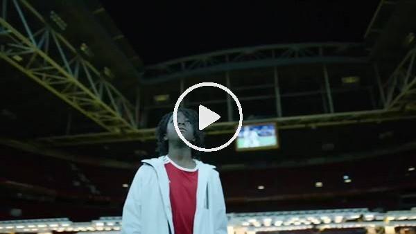 'Ajax yeni sezon formalarını video ile tanıttı