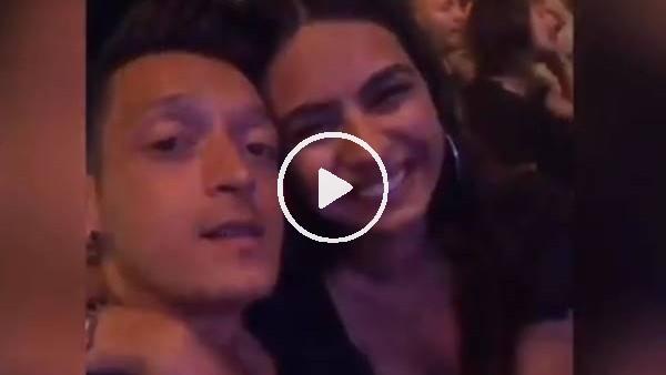 'Mesut Özil'den Ferdi Tayfur şarkısı