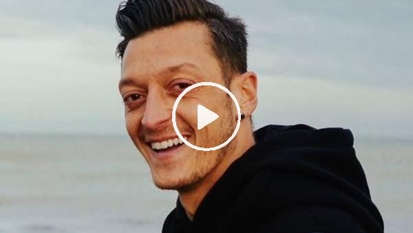 'Fenerbahçeli ikiz kardeşlerden Mesut Özil'e mektup
