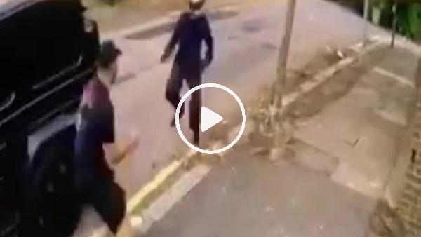 'Mesut Özil'e bıçaklı saldırı