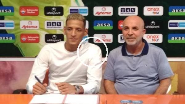 'Alaanyaspor, Yacine Bammou için imza töreni düzenledi