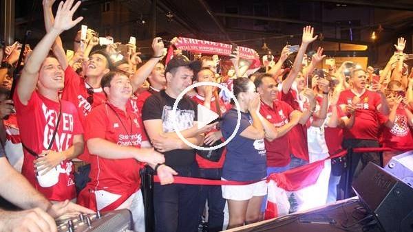 Liverpool taraftarı İstanbul'da doyasıya eğlendi