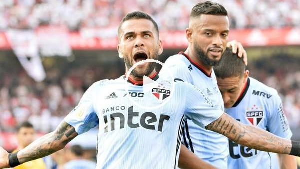 Dani Alves ilk maçında golünü attı