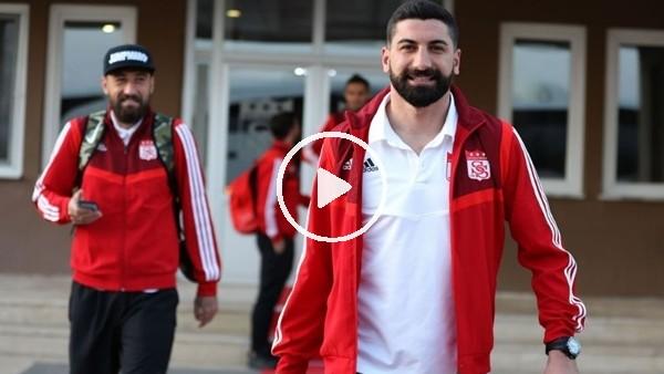 'Sivasspor, Galatasaray maçı için İstanbul'a gitti